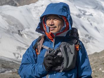 擁有25倍光學變焦的Sony RX10 IV,讓我在山上輕鬆實踐攝影減法藝術:專訪資深山岳攝影家劉思沂