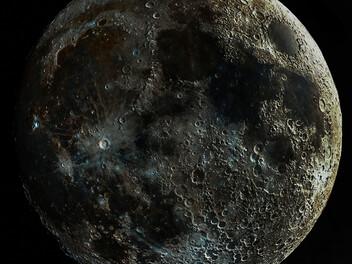 高對比月亮這樣拍,大家有空也能嘗試看看~~