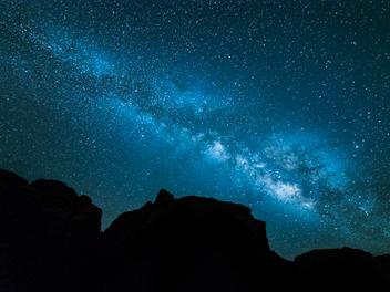 星空夜景 攝影 速成攻略,捕捉完美 銀河 天際線