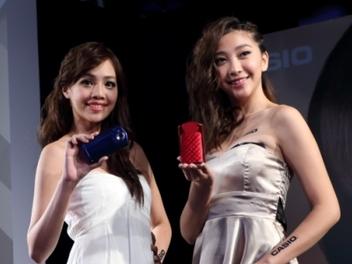 Casio TR50 閃亮 登台,夜間 自拍 力進化、再增 美顏 新功能!
