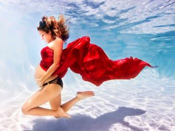 水中 人像 與 孕婦 寫真 組合,孕媽咪展現飄逸空靈之美
