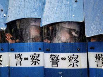 讓人熟悉卻又陌生的台灣新聞攝影,攝影師馬立群專訪