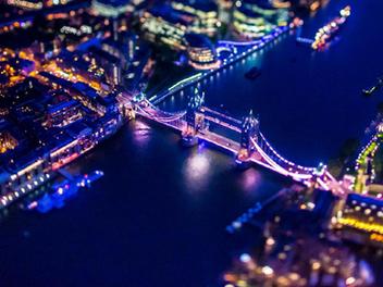 超壯觀高空移軸空拍夜景!Vincent Laforet的城市珠寶盒
