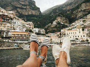 情侶出外旅行必拍的「超甜恩愛照」,這樣秀恩愛實在太唯美!