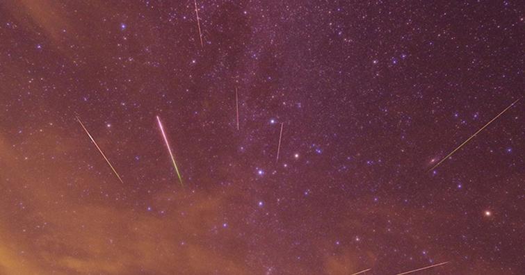 2020/08/12英仙座流星雨極大期(ZHR~110),天候不佳的話還可以看網路直播喔!