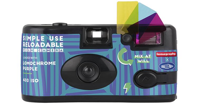 Lomography 聯乘日本街頭品牌 Challenger,推出限量版 Simple Use 即可拍相機!