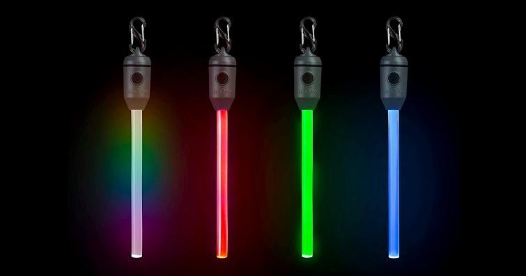 【戶外生活】Niteize可充電式螢光棒,不僅更加環保,還能提供多種顏色變換模式
